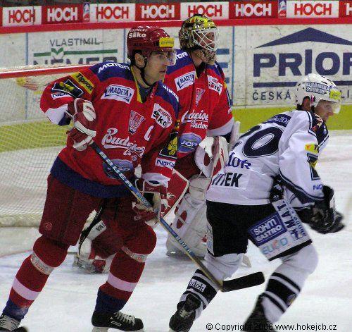 """Obrázek """"http://www.hokejcb.cz/foto_ceb/2006_42_PLZ/060119_01.jpg"""" nelze zobrazit, protože obsahuje chyby."""
